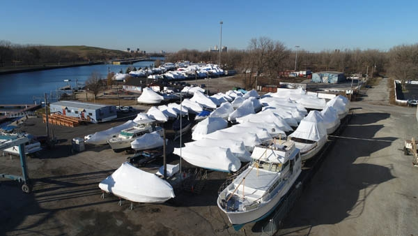 Winterize boats in Chicago.